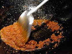 Stir-frying a Chilli Paste