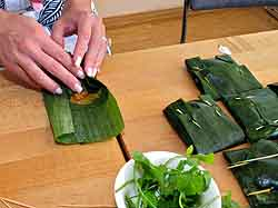 Folding Banana Leaves